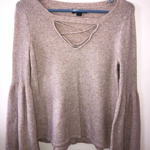 American Eagle Bell sleeved sweater